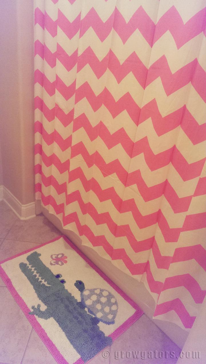 gator-girl-bathroom-pbk