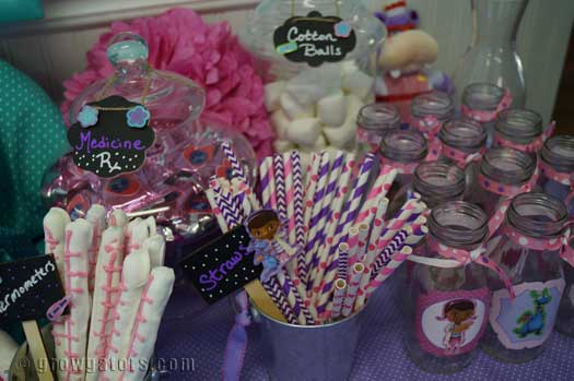 Doc McStuffins party sweet table & The Doc is In: Celebrating 2 with a Doc McStuffins Party | Grow Gators