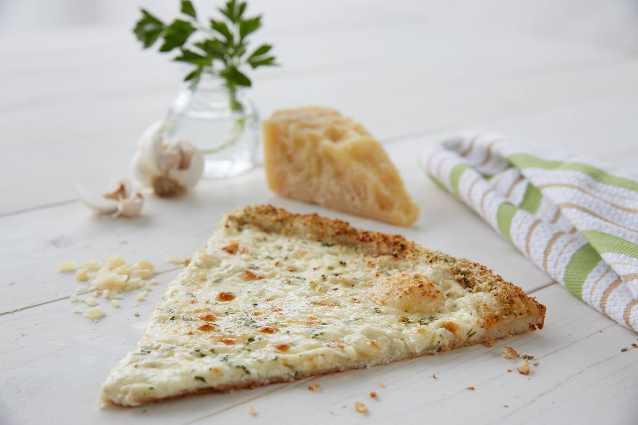 4 Cheese Pizza by Sbarro